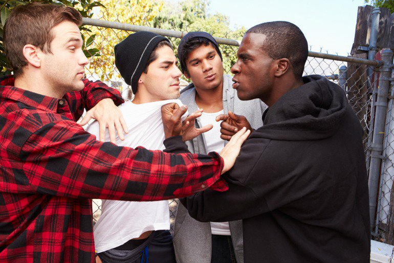 4 Signs Your Teen Is Involved In Gang Activity