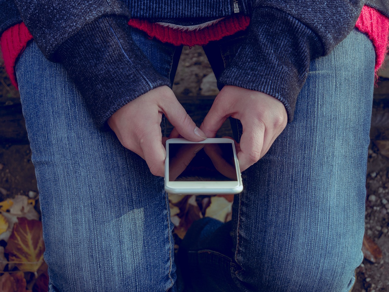 The Problem of Teen Sexting & What Parents Can Do
